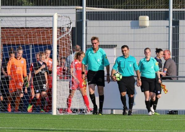 FC Twente vrouwen - MSV Duisburg Vrouwen op de Kottenbrei