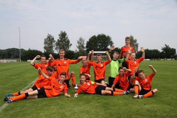 KVV Losser JO13-2, winnaar Kamphuis JO13 toernooi